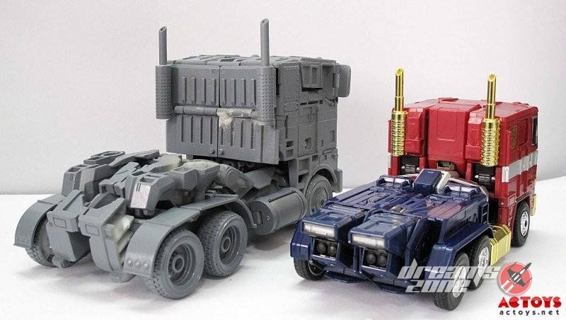 [Wei Jiang] KO - M01, M02, etc. - Basé sur les Films TF 3rd-Party-Over-Size-Evasion-Optimus-Prime-13