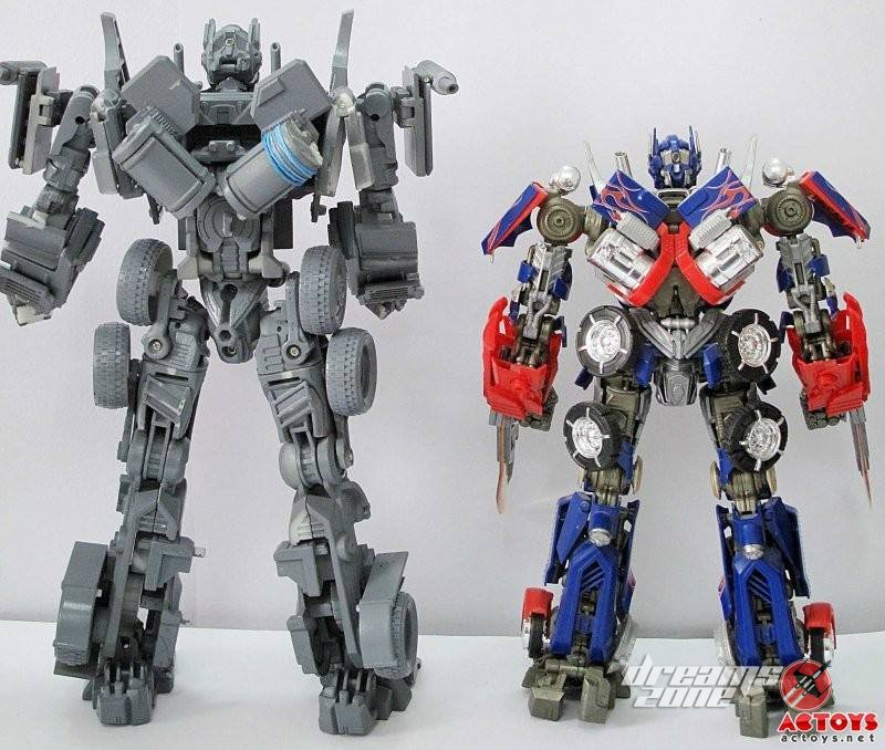 [WJ Toys - Weijiang] KO - M01, M02, etc. - Basé sur les Films TF 3rd-Party-Over-Size-Evasion-Optimus-Prime-8